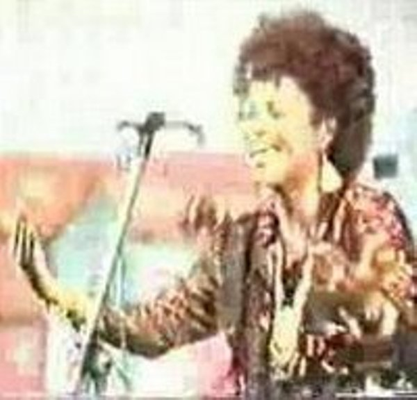 Somali media started to campaign the freedom of A Singer Qamar Harawa in Turkey Prison