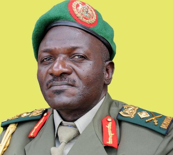 [Wardegdega:-] Taliyaha Ciidanka Uganda oo shaaciyay iney si degdega uga baxayaan Somalia ?