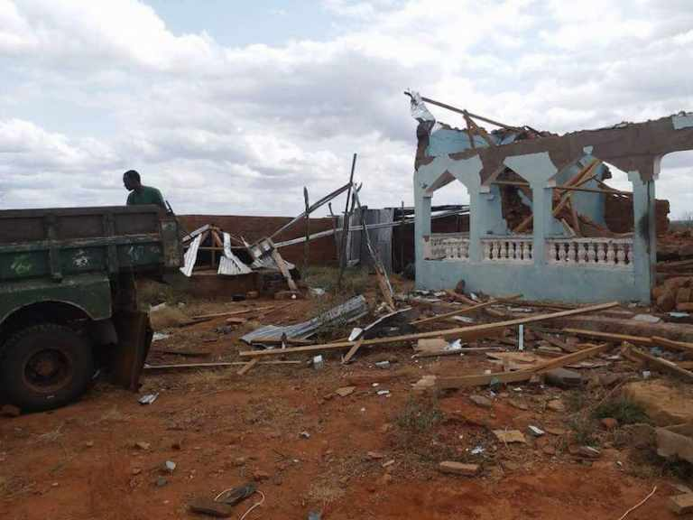 KDF Killed Hormuud Telecom Workers and Destroyed its Communication Center in Gedo Region