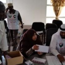 Somalia : United Arab Emirates' SCA donates money to Underprivileged Families in Puntland