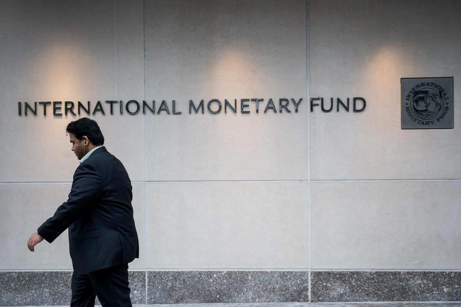 IMF to help Somalia print first banknotes in a quarter century
