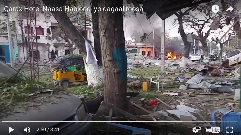 [Daawo Wardegdega:-]Qarax Hotel Naasa Hablood iyo dagaal toosa