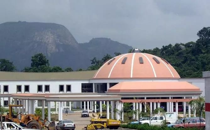 Nigeria:Accidental discharge in Aso Rock villa leaves staff wounded