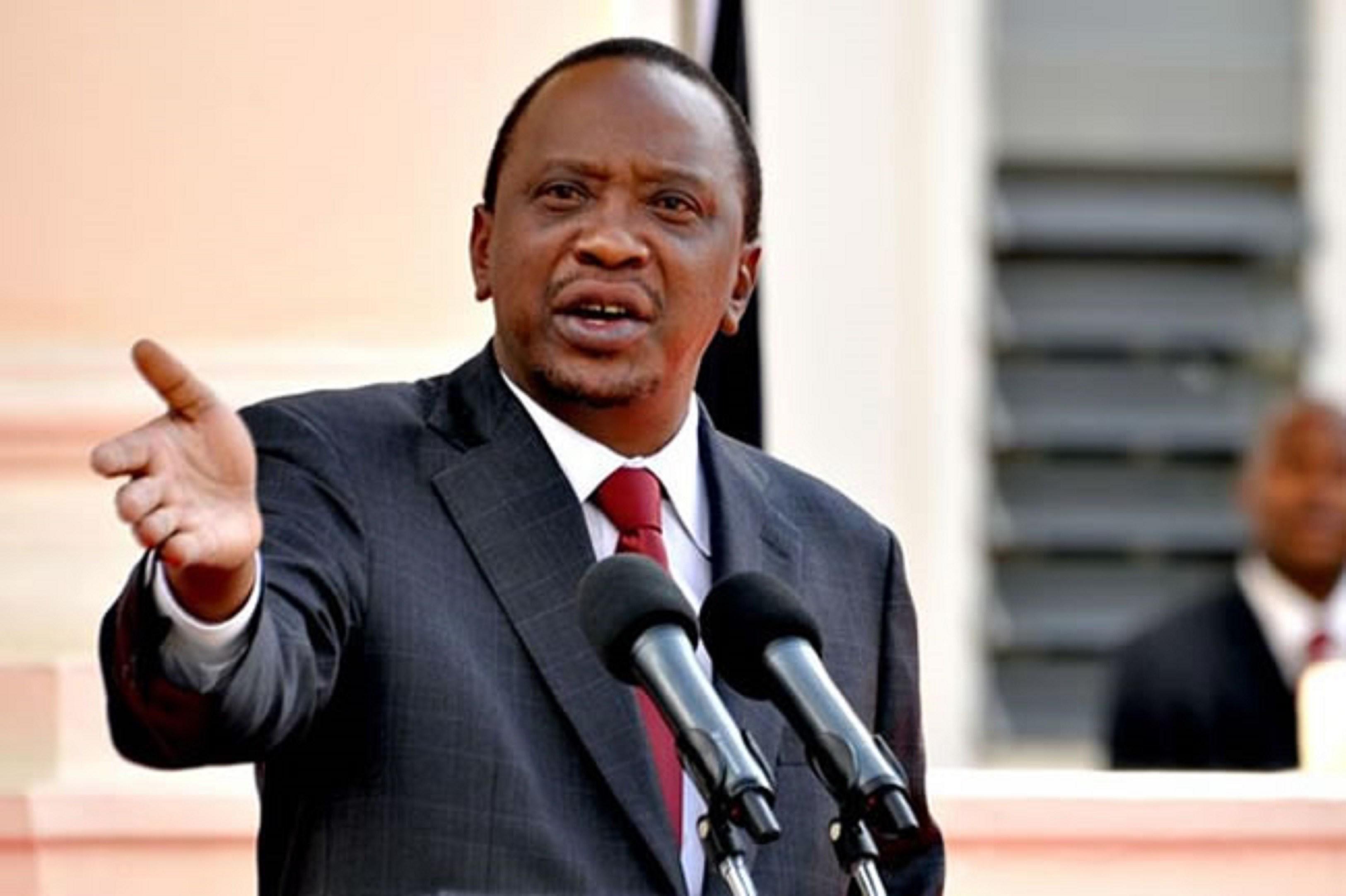 [Dhageyso Sirculus:] Kenya oo Sabab la yaab leh kula dagaalsan Madaxweyne Farmaajo ?