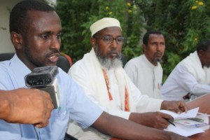 Somalia: Religious scholars receive cash aid to assist cyclone victims.