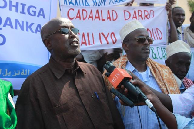 [Dhageyso] Odayaasha Hawiye oo kitaab ku maray inuusan Madaxweyne Garguurte ku soo laaban doonin kursiga Villa Somalia ?