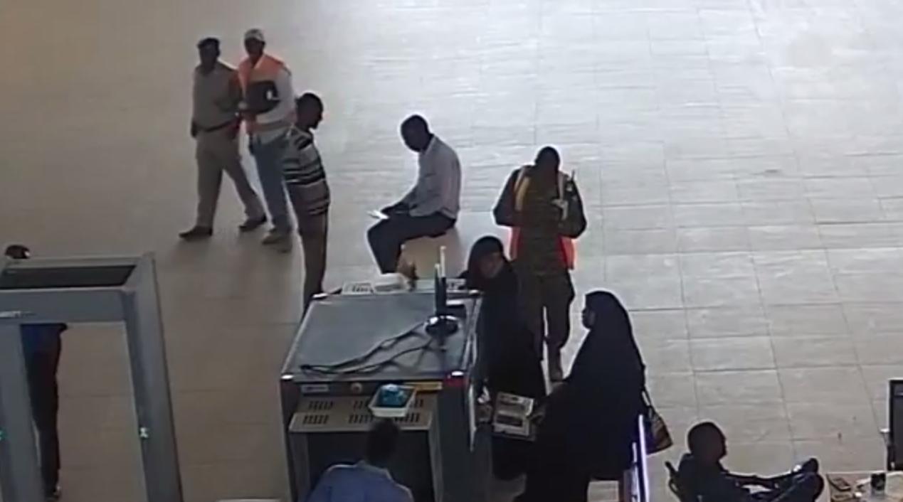 [Sir culus Daawo full Video] weerarkii Daallo Airlines iyo sidii loo abaabulay