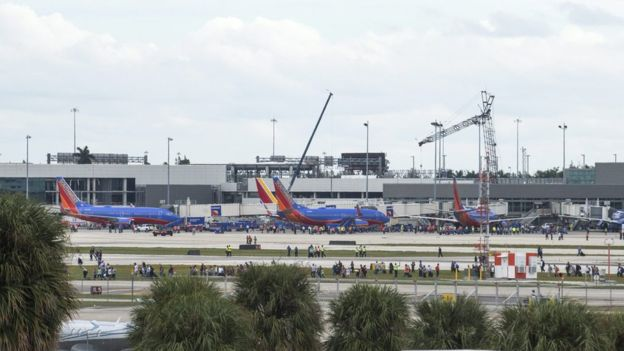 Fort Lauderdale airport shooting: Suspect Santiago held