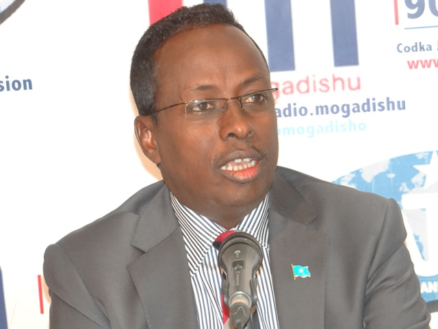 [Topnews Cadeeyn-] Wasiirka Warfaafinta Somalia oo Al-Shabaab ka tirsan ?