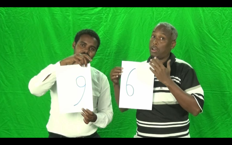 [Daawo] isfaham waaga Somalida oo lagu cabiray sheeko filim qosol badan