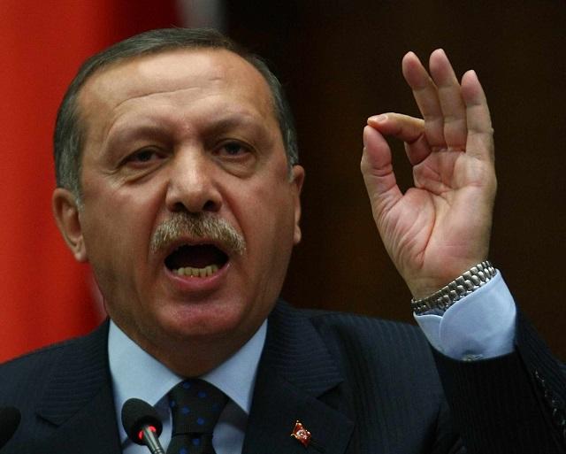 [Daawo:] Madaxweyne Erdogan oo Shaaciyey Cidda ka dambeysay Afgembigii Fashilmay ee Turkiga