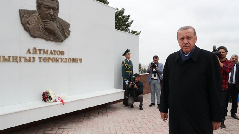 Turkey's Erdogan denounces dollar; US acting like 'wild wolves'