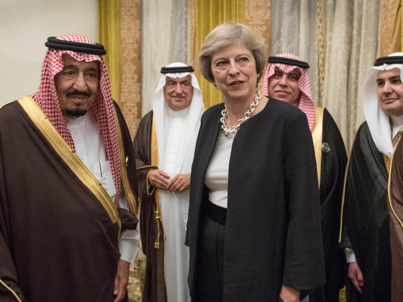 Saudi Arabia has 'clear link' to UK extremism, report says